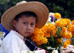 Desfile de niños, Tzinzuntzan, Michoacán.